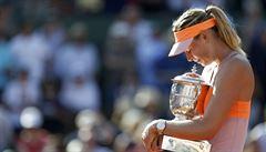 Tenisové French Open vyhrála Maria Šarapovová. Má pátý grandslam