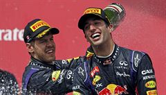 V Kanadě vyhrál Ricciardo z Red bullu, Rosberg byl druhý