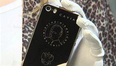 Novinka na trhu pro ruské patrioty: pozlacený iPhone s Putinem