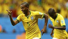 Brazílie zvládla poslední prověrku ve skupině, teď narazí na Chile