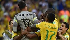 Brazílie je ve čtvrtfinále. Domácí ale přetlačili Chile až po penaltách
