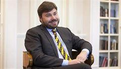 Ruský oligarcha a ultrapravice: Putinův muž pomáhá separatistům