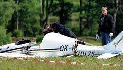 Na Lounsku se zřítilo malé letadlo. Nehodu jeden z dvoučlenné posádky nepřežil
