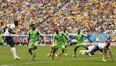 Francie je ve čtvrtfinále. Nigérii zlomila dvěma zásahy v závěru