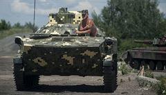 Kyjev vytlačil separatisty. Ve Slavjansku visí ukrajinská vlajka