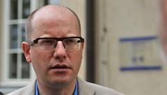 Ponížení Česka? 'Zeman by neměl komentovat rozhovory, u kterých nebyl'