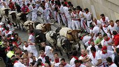 S hlasitým křikem. Španělský běh s býky je jen pro odvážné