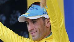Nibali se vrátil do žlutého. König se na Tour poprvé předvedl