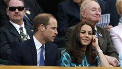 Kate se poprvé od oznámení těhotenství objevila na veřejnosti