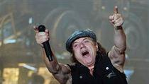 742949b6220 Zpěvák australské skupiny AC DC Brian Johnson