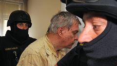 Nejvyšší soud nechal přezkoumat část Bartákových sexuálních ataků