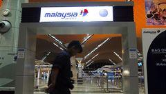 Dvě havárie malajsijské aerolinky nepřežijí, shodují se experti