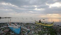 Tajfun Rammasun se přehnal přes Filipíny. Zabil nejméně 25 lidí