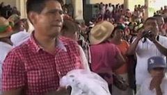 Mexický starosta se oženil s krokodýlí princeznou