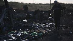 Kolem zříceného letadla nesmíte bojovat, nařídil Porošenko útočící armádě