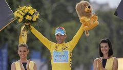 Král Vincenzo Nibali korunován. König skončil na Tour sedmý