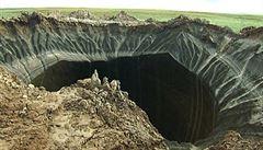 Vědci se chystají do obřího tajemného kráteru na Sibiři