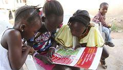 Dva případy podezření na ebolu mimo Afriku se nepotvrdily