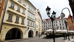 Zhruba 15 000 pražských bytů se v současné době pronajímá přes Airbnb, stát chce upravit současné zákony