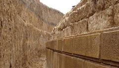 Vědci odkryli vchod do hrobky z dob Alexandra Makedonského