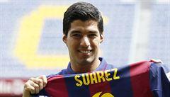 Už nikoho nekousnu, slíbil Suárez po prvním zápase za Barcelonu