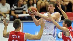 Basketbalisté i bez Satoranského porazili v kvalifikaci ME Maďarsko