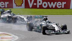 V Belgii slavil Ricciardo s Red Bullem, mercedesy se vyuatovaly samy
