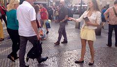 Praha skoncuje s pouliční reklamou: za kostým pokuta až dva miliony