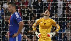 Tvrdá madridská škola, Vaclík dostal pět gólů. Prohrál i Arsenal
