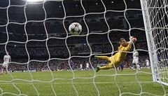 TIME OUT LN: I pět gólů je krokem vpřed. Vaclík sbírá zkušenosti