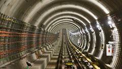 Cestující se dočkají signálu v metru. Zatím jen v nových stanicích