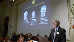 Nobelovu cenu za lékařství získali tři neurologové mapující činnost mozku