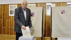 Klaus o výsledku voleb: Prohra politiky a vítězství apolitické oligarchie