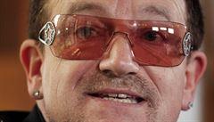 Letadlu zpěváka U2 upadly při přistání dveře, Bono přežil bez zranění