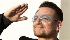 Daňové ráje využívá Apple, závodník Hamilton i zpěvák U2, ukazují uniklé dokumenty