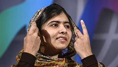 Malalaj převzala ve Švédsku dětskou Nobelovu cenu