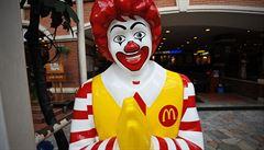 Globální chutě se mění. McDonald's ztrácí a snaží se myslet dietně