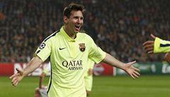 Ronaldo ostrouhal, tak rekord vyrovnal Messi a zajistil Barce postup