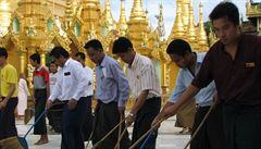 Po stopách UNESCO: Barma, strach je tu nadřazen radosti