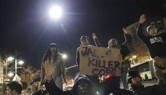Do USA se vrátily masové protesty. Policisté zatkli desítky lidí