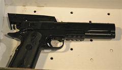 Policie v USA zastřelila chlapce, který měl napodobeninu pistole
