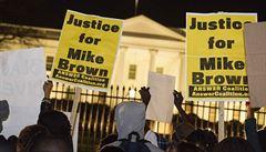 Policie ve Fergusonu pronásledovala černochy. Šéf policistů odstoupil