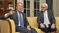 Lavrov vyzval Francii a Německo: Braňte Ukrajině v rozdmýchávání konfliktu