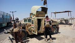 Islámský stát prý upálil 45 lidí na západě Iráku