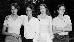 Čtyři sestry fotil čtyřicet let. Fascinující studie stárnutí Nicholase Nixona