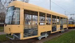 V pražských dílnách sestaví novou 'krátkou' tramvaj. Podívejte se