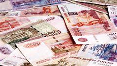 Ruský rubl se rozdýchal, k růstu mu pomohlo zdražení ropy