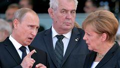 Nejsem ani ruský 'slouha', ani kamarád Putina, vzkázal Zeman