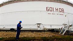 Ztracená nafta: Češi dovolili prodat sklad na splacení dluhů, nemusí dostat nic