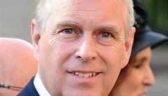 Britský princ Andrew je žalován za zneužívání sexuálních služeb nezletilé